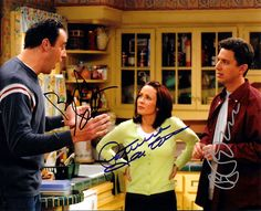 Everybody Loves Raymond with Ray Romano & Brad Garrett Cast Signed Autographed 8 X 10 Reprint Photo - Mint Condition Everyone Loves Raymond, Patricia Heaton, Dory, Favorite Tv Shows, First Love, The Past, It Cast, Shit Happens, Marg Helgenberger