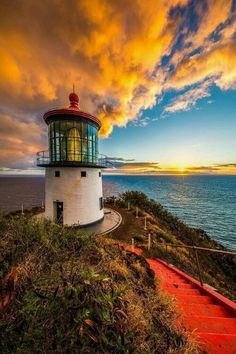 Sunrise at the Makapu'u Lighthouse on Oahu by Shane Myers Lighthouse Pictures, Lighthouse Art, Beautiful Places, Beautiful Pictures, Water Tower, Abandoned Places, Beautiful Landscapes, Resorts, Architecture Design
