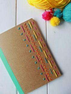 idea: traditional sashiko designs for a notebook cover Notebook Diy, Notebook Covers, Handmade Notebook, Personalized Notebook, Decorate Notebook, Diy And Crafts, Arts And Crafts, Paper Crafts, Diy Embroidered Notebook