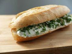 Ook+fan+van+de+broodjes+met+roomkaas+van+de+La+Place? Hier+het+recept+om+ze+zelf+te+maken!