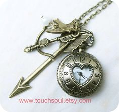 The Hunger Games Inspired Arrowbow Mockingjay and by touchsoul, $8.99