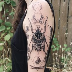 Rorschach-esque Goliath beetle with crescent moon, rodent jaws, quartz, morning glory, fern frond, and two twig wands. ✨Thanks Niki!