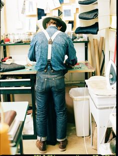 "tenuedenimes: "" A pair of Jack/Knife custom jeans in the making "" Vintage Denim, Vintage Fashion, Denim Fashion, Fashion Outfits, Raw Denim, Denim Men, How To Pose, Urban Fashion, Blue Jeans"