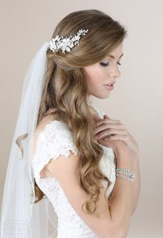 Loose Wedding Hairstyles With Veil
