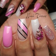 OH MAN these are just too lovely! Nail art ideas | with glitter and rhinestones | ideas de unas | ongles