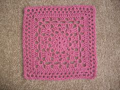 """Wheel Lattice square, free pattern by Dayna Audirsch. Three sizes given - 7"""", 8"""", or 12"""" square. Pic from Ravelry Project Gallery. #crochet #motif"""