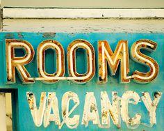 Vintage motel sign in aqua.