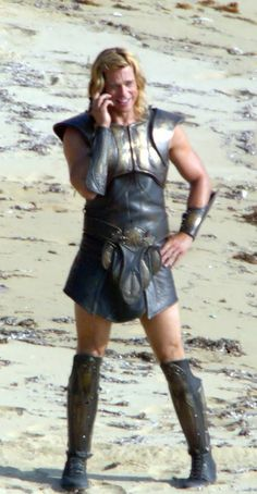 Brad Pitt as Achilles on cellphone. Filming of Troy