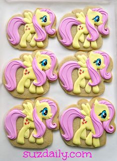 How to make a My Little Pony Cookie.  Tutorial.  My girls love this! www.suzdaily.com