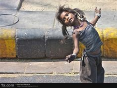 Beautiful Candid Photography - An expression of what it is to be human - Speckyboy Design Magazine