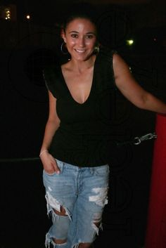 Emmanuelle chriqui dating