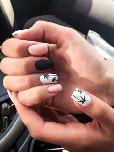 9 beautiful summer beach nail art designs for you in you have to take a look! - Artists - 9 beautiful summer beach nail art designs for you in you have to take a look! Cute Nails, My Nails, How To Do Nails, Beach Nail Art, Beach Nail Designs, Cute Nail Designs, Tropical Nail Designs, Square Nail Designs, Gel Nail Art Designs