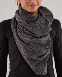 lululemon vinyasa scarf. Super-versatile, LOVE.