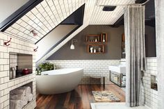 black grout with white subway / metro tiles // bathrooms. Grey paint.