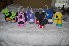 Mickey Mouse and friends Hats and bags made from posterboard