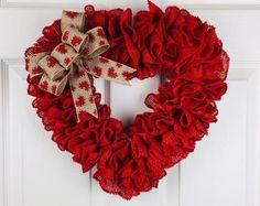 Valentines Day Wreath,Lovers Burlap Wreath, Burlap Wreath, Front Door Wreath, Ev… – Wreath For Front Door İdeas. Diy Valentines Day Wreath, Valentines Day Decorations, Valentine Day Crafts, Valentine Ideas, Printable Valentine, Homemade Valentines, Valentine Box, Holiday Crafts, Deco Mesh Wreaths