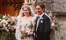Princess Beatrice Wedding, Princess Eugenie, Princess Kate, Lady Diana, Adele, Norman Hartnell, Eugenie Of York, Wedding Poems, I Carry Your Heart
