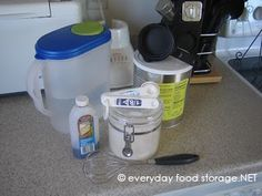 making food storage powdered milk