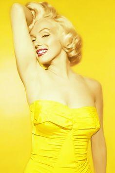 1950s STYLE ICON - Marilyn Monroe photographed by Nick de Morgoli, 1953