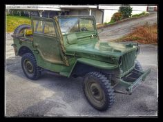 A good buddy of mine bought himself a mod. 1945 Willys JEEP