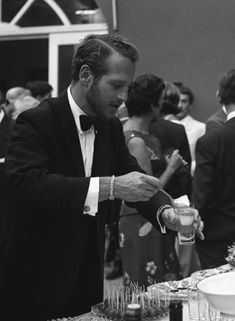 The Rest Is Silence — becketts: Paul Newman, Venice, 1963 Hollywood Men, Classic Hollywood, Hollywood Hills, Paul Newman Joanne Woodward, Netflix, Actrices Hollywood, Romance, Most Beautiful Man, Gorgeous Men