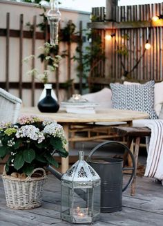 rustic & modern patio. i love this space.