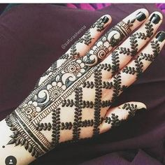 Mehndi designs are applied on hands and feet at imperative weddings and other occasions. Today, Mehndi is exceptionally prevalent in Eastern nations. Henna Hand Designs, Mehandi Designs, Mehndi Designs Finger, Indian Mehndi Designs, Mehndi Designs 2018, Modern Mehndi Designs, Mehndi Design Pictures, Mehndi Designs For Girls, Wedding Mehndi Designs