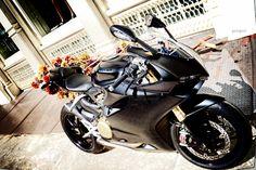 *matte* black Ducati @ Ralph Lauren, Prince & Greene, nyc photo FFeliximo Best Motorbike, Super Sport, Custom Motorcycles, Cool Bikes, Ducati, Matte Black, Prince, Ralph Lauren, Nyc