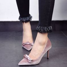 Shoespie Chic Velvet Bow Stiletto Heels
