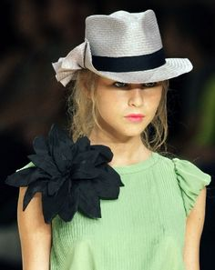 Love the hat!