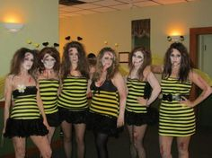 Our best costume yet. Cool Costumes, Bee Costumes, Halloween Costumes, Costume Ideas, Halloween 2018, Halloween Ideas, Costume Design, Projects To Try, Dress Up