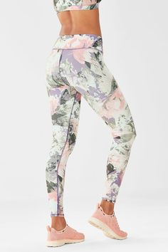 8798c5beccab4 Salar Printed PowerHold® Legging - secret garden print Legging Sport, Sports  Leggings, Workout