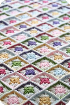 Baby blanket @Barb Eddy You would KILL me if I made 432 squares!!!!