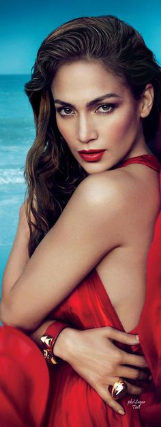 Perfect Red Lip - Jennifer Lopez