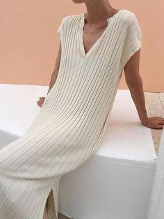 knit dress Fashion Gone rouge Looks Street Style, Looks Style, Look Fashion, Womens Fashion, Fashion Design, Fashion Trends, Dress Fashion, Fashion Clothes, Fashion Outfits