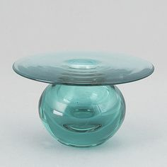 "Nanny Still, vas, glas. Signerad. ""Saturnus"", Riihimäen Lasi Oy, Finland. - Bukowskis Glass Design, Design Art, Alvar Aalto, Bukowski, Finland, Modern Contemporary, Retro Vintage, Mid Century, Auction"