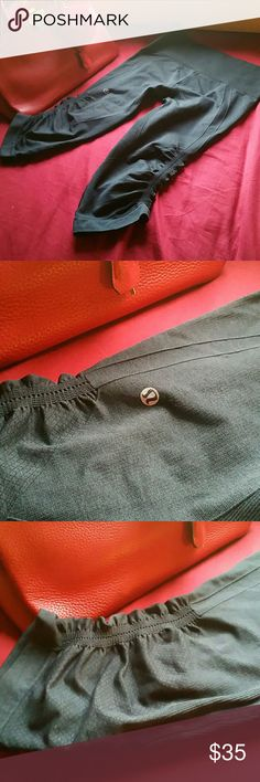 Lululemon crop legging Just used twice and been taking care of strechable both sides lululemon athletica Pants Leggings