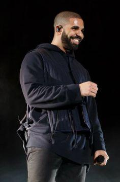 Drake Performing at Squamish Festival #drake #looklive