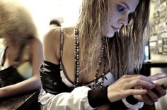Backstage Shooting No Publik UNDERWEAR Lisbonne Undress Girl