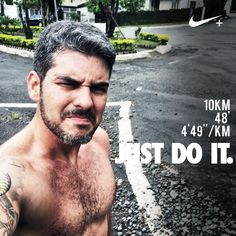 Tava frio e tava chovendo ... Mas eu estava lá para meu compromisso . Não tem desculpas quando se quer algo. Não são nossas desculpas que vão nos levar a qualquer lugar. Tem alguma coisa que você deseja na vida? Vá atrás dela!! . Bom dia e bom fim de semana!!! . #acordapracorrer #focanacorrida #rwbrasil #marcelocamargotreinamento #correrecompartilhar #brasilrunners #runitfast #euatleta #marathon #vccorrendo #corredoresamigos #viciadosemcorridaderua #endorfina #foco #vidadeumcorredor…