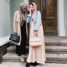 Street Hijab Fashion, Muslim Fashion, Modest Fashion, Modest Wear, Modest Outfits, Hijab Fashion Inspiration, Hijab Chic, Mode Hijab, Denim Top