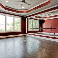 Another in-home dance studio. Some day :-)