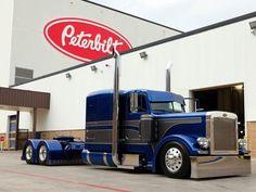 Blue and grey Peterbilt at Peterbilt HQ in denton texas Show Trucks, Big Rig Trucks, Dump Trucks, Peterbilt 379, Peterbilt Trucks, Custom Big Rigs, Custom Trucks, Diesel Trucks, Big Ride