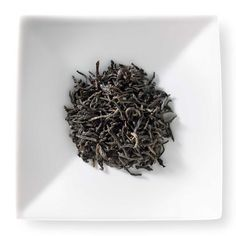 Black tea from Sri Lanka, Ceylon Kenilworth is highly prized for its creamy character, subtle perfumed notes and rich-body. Grown at high elevation, at the esteemed Kenilworth estate in the western hills of Sri Lanka, this tea is great hot or iced.