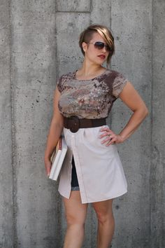 Check out this item in my Etsy shop https://www.etsy.com/listing/469003119/open-tunic-brown-and-cream-french-floral