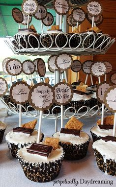The Elegant Country Bridal Shower - Perpetually Daydreaming