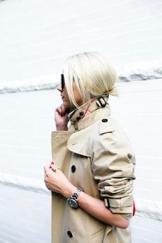 on the go // classic travel style (Atlantic-Pacific) Fashion Moda, Womens Fashion, Outfits Otoño, Burberry Trench Coat, Fashion Sites, Fashion Bloggers, Trends, Casual Chic, Tomboy Chic