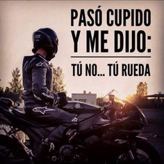 Es genial. Biker Bar, Biker Love, Motos Trial, Cafe Racer Honda, Motorcycle Tips, Gas Monkey, Biker Quotes, Car Memes, Motivational Phrases