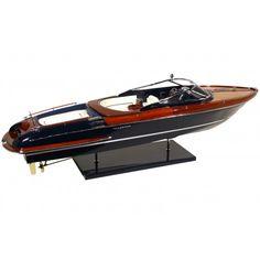 Riva AQUARIVA Model Boat