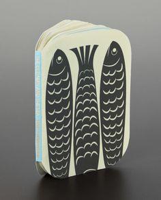 Actualité / Lecture dans une boite de sardines vintage / étapes: design & culture visuelle